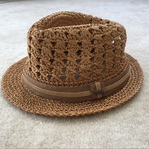 Men's straw for Dora hat.